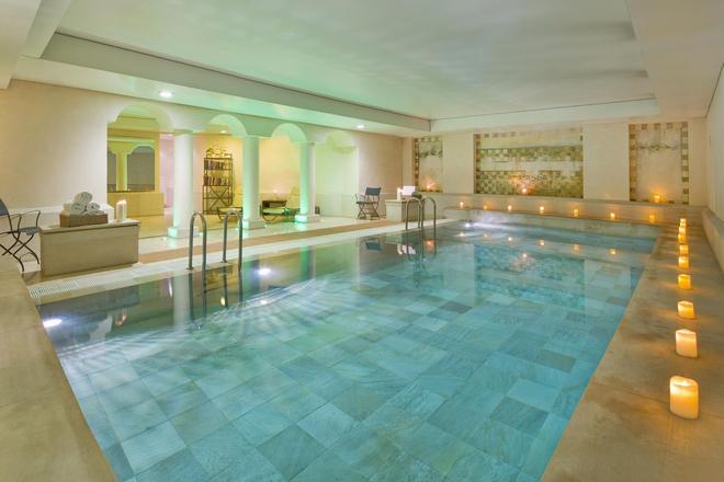 Mamaison Hotel Le Regina Warsaw - Warsaw - Pool