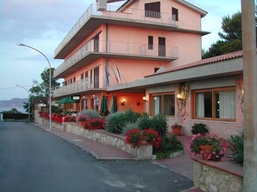 Villa Padulella - Portoferraio - Building