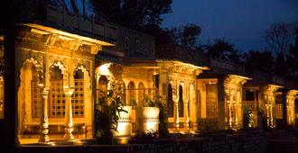 Neemrana's - Deo Bagh - Gwalior
