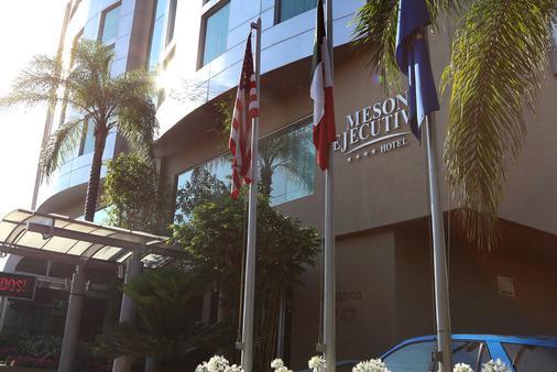 Meson Ejecutivo - Guadalajara - Building