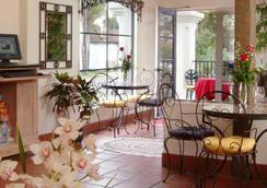 Mason Beach Inn - Santa Barbara - Patio