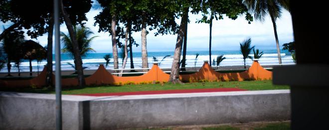 Sunset Del Mar Resort - Esterillos Este - Beach