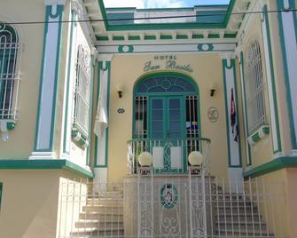 Hotel E San Basilio - Santiago de Cuba - Edificio