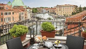 Hotel Principe - Venice - Balcony