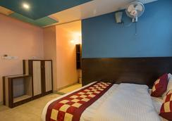 Hotel Abhiraj Palace - Jaipur - Bedroom