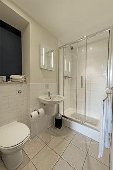 The Royal Maritime Club - Portsmouth - Phòng tắm