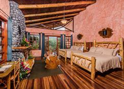 Peace Lodge - Vara Blanca - Makuuhuone