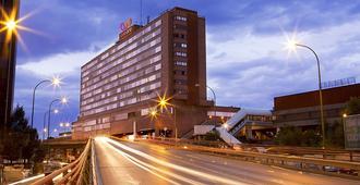 Hotel Weare Chamartín - Madrid - Edificio