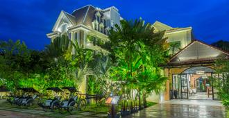 The Grand Cyclo Boutique Suite & Spa - Siem Reap - Building