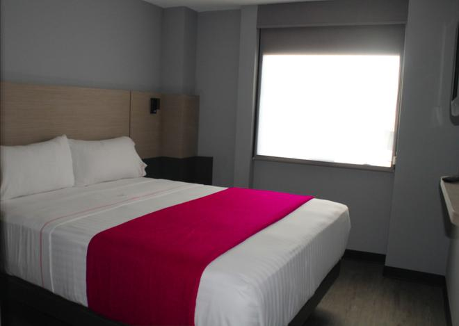 Hotel MX aeropuerto - Mexico City - Bedroom