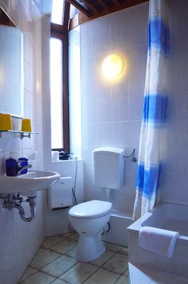 Hotel-Pension Ingeborg - Berlin - Bathroom