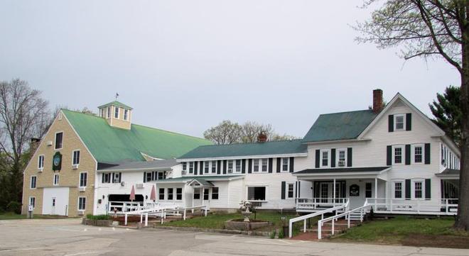 Forest Glen Inn - North Conway - Building