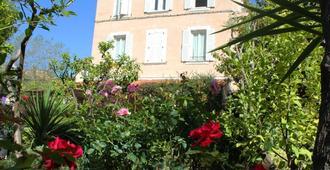 Hôtel Les Palmiers - Saint-Tropez - Edificio