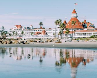 Hotel del Coronado, Curio Collection by Hilton - Coronado - Building