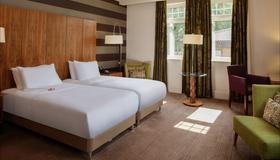 DoubleTree by Hilton Stratford-upon-Avon - Stratford-upon-Avon - Bedroom