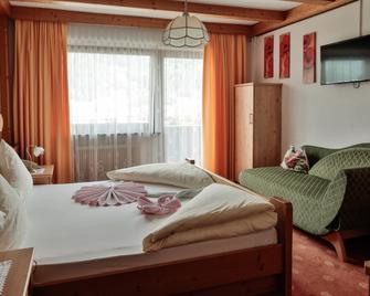 Hotel Mari Pop - Ried im Zillertal - Bedroom