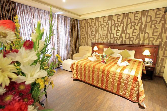 Hotel Allseason - Kollam - Bedroom