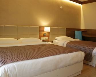 Huseyin Hotel - Giresun - Schlafzimmer