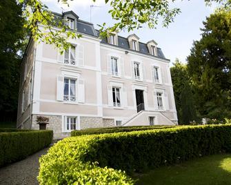 Maison d'hôtes Stella Cadente - Provins - Building