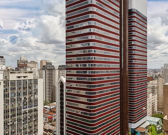 Renaissance Sao Paulo Hotel - Sao Paulo - Building