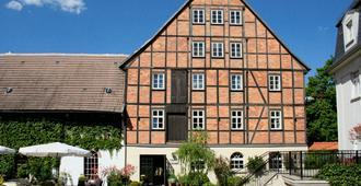 Romantik Hotel Am Brühl - Quedlinburg - Gebäude