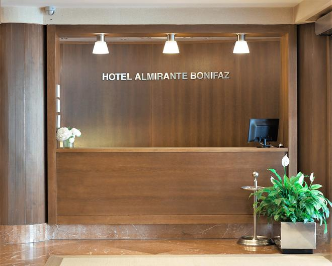 Hotel Almirante Bonifaz - Burgos - Lobby