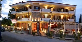 Hotel Calypso - Chaniotis - Edificio
