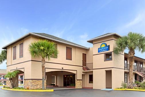 Days Inn by Wyndham Kissimmee West - Kissimmee - Toà nhà