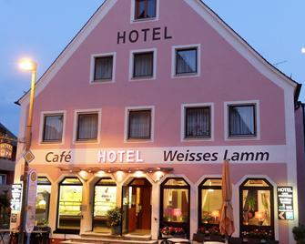 Hotel Weisses Lamm - Allersberg - Gebäude