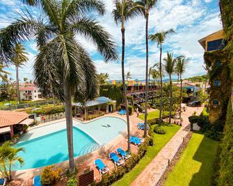 Las Cabanas Del Capitan - Rincon de Guayabitos - Pool