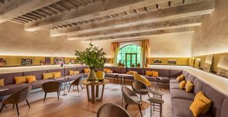 Badia DI Pomaio - Arezzo - Lounge