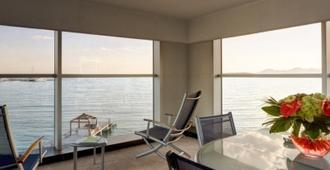 沙灘花園酒店 - 昂蒂布 - 昂蒂布 - 臥室