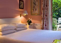 Hotel le Saint Gregoire - Paris - Phòng ngủ