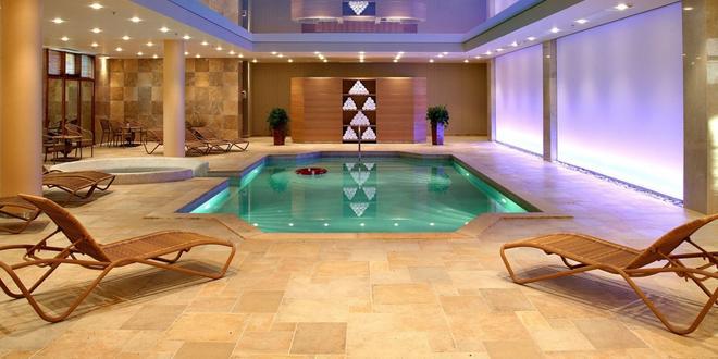 迪瓦尼邁奧泰拉酒店 - 卡蘭帕卡 - 卡蘭巴卡 - 游泳池