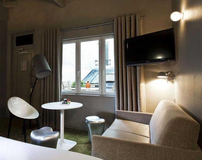 Hotel Valadon Colors - Paris - Living room