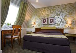Elysees Union Hotel - Paris - Phòng ngủ