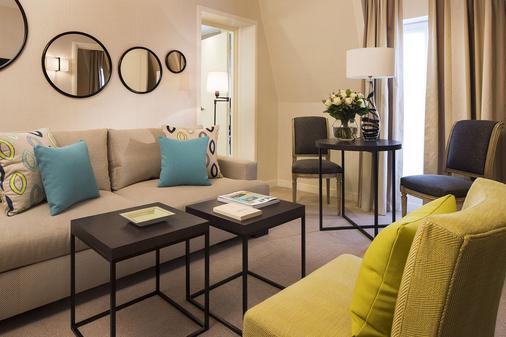 巴爾莫勒爾酒店 - 香榭麗舍大道 - 巴黎 - 巴黎 - 客廳