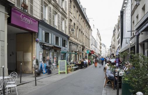 Cadet Residence - Paris - Building