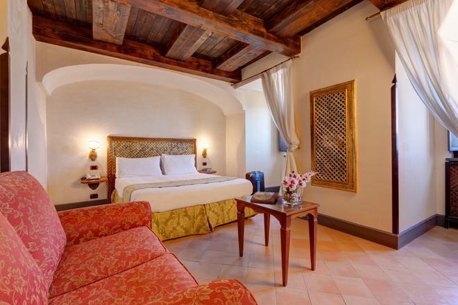 聖法蘭西斯科埃爾蒙特酒店 - 那不勒斯 - 那不勒斯 - 臥室