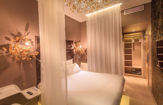 Legend Saint Germain by Elegancia - Paris - Bedroom
