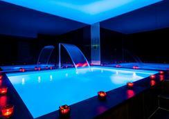 優雅費莉絲恩酒店 - 巴黎 - 巴黎 - 游泳池