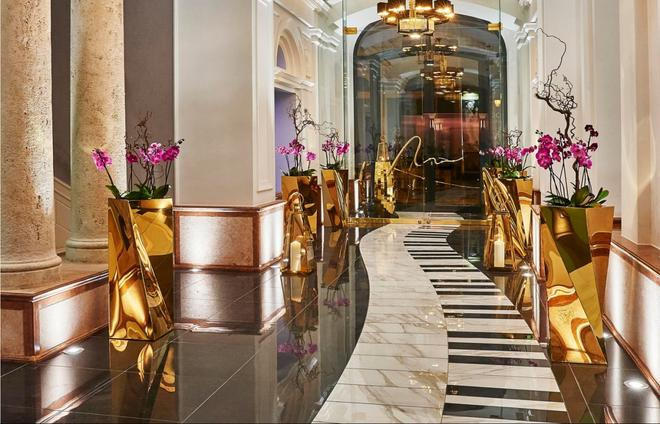 Aria Hotel Budapest by Library Hotel Collection - Budapest - Lobby