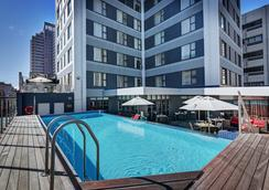 Strand Tower Hotel - Cape Town - Pool