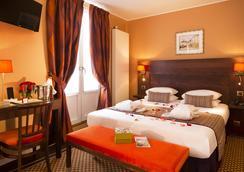 Hotel Des Arts Paris Montmartre - Pariisi - Makuuhuone