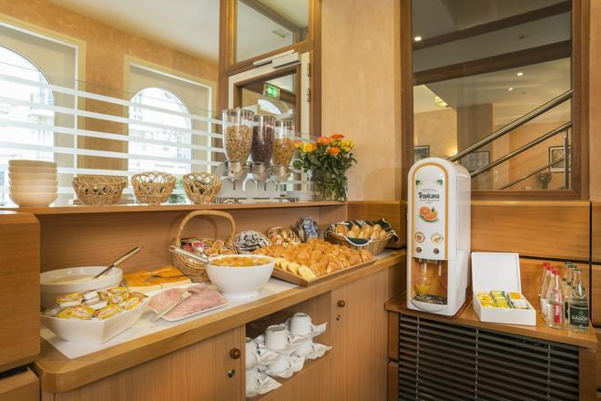 Hotel Lyon Bastille - Paris - Food