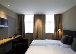 Pol Hotel - Le Touquet - Bedroom