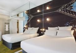 Hotel Valadon Colors - Paris - Bathroom