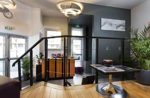 Hotel Ambre - Paris - Hành lang