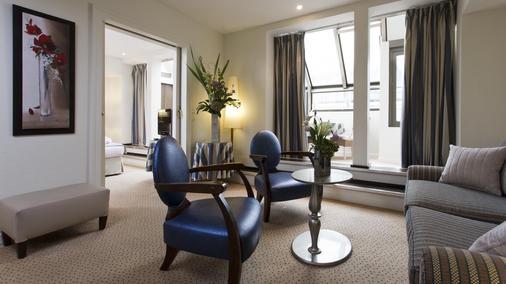 Le Pera - Paris - Living room