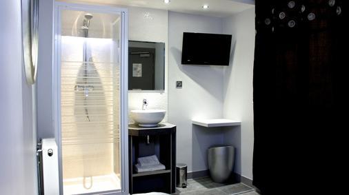 Hotel Nation Montmartre - Paris - Bathroom
